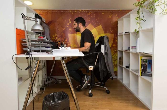 Espacios independientes coworking en m stoles alquiler for Oficina correos mostoles